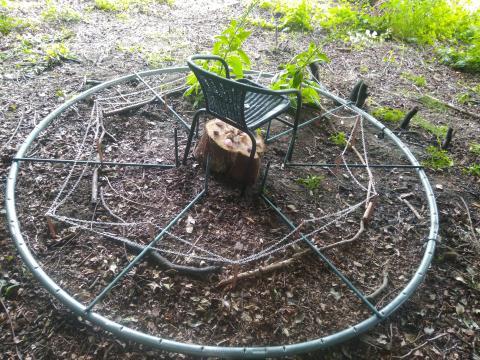 garden chi gate installation